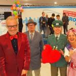 Team of Comedians: Lustige und komische Comedy-Walkacts (Künstler zu buchen und als Idee für Ihre Veranstaltung in Köln, Bonn, Düsseldorf, Düren, Aachen, Levenrkusen, Essen Ruhrgebiet oder auch in ganz Deutschland!